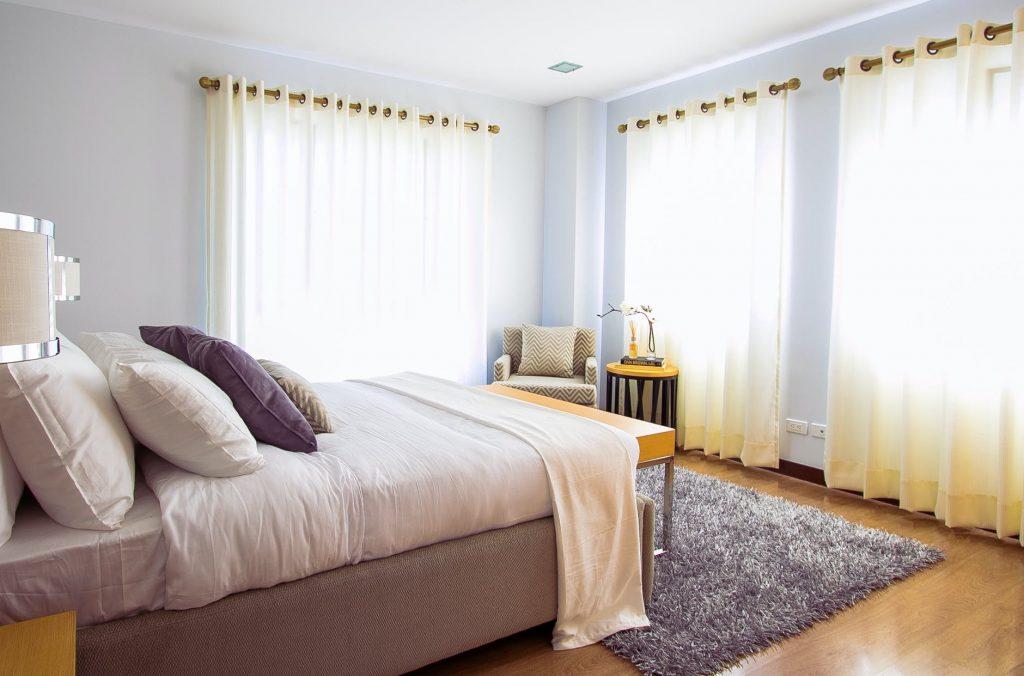 اختيار ديكورات غرف النوم