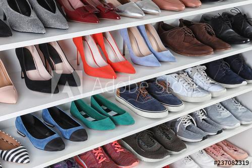 ديكور محلات أحذية